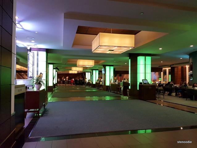 Westin Harbour Castle Hotel lobby