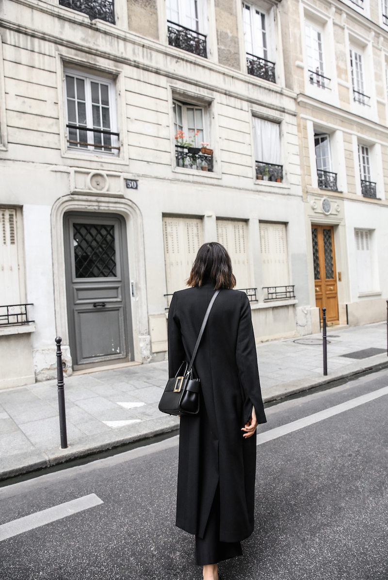 bally buckle bag loafers all black minimal work outfit street style paris fashion blogger kaity modern legacy Instagram (15 of 18)