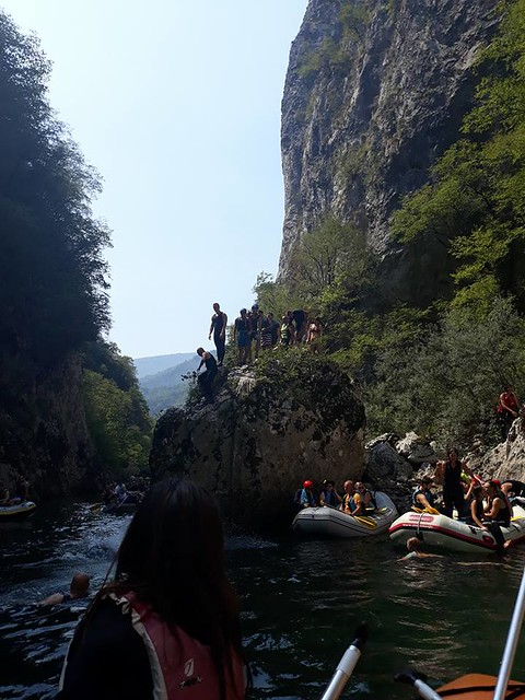 Rafting and jumping on the Neretva river