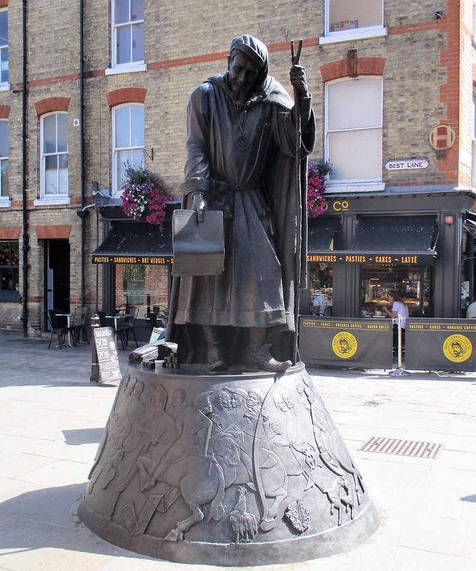 Geoffrey Chaucer Statue
