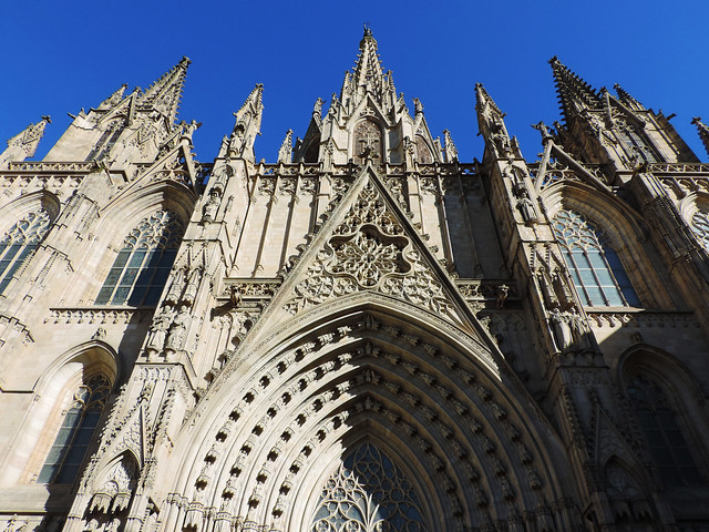 Architecture Guide To Barcelona: Barcelona Cathedral, Barcelona, Spain