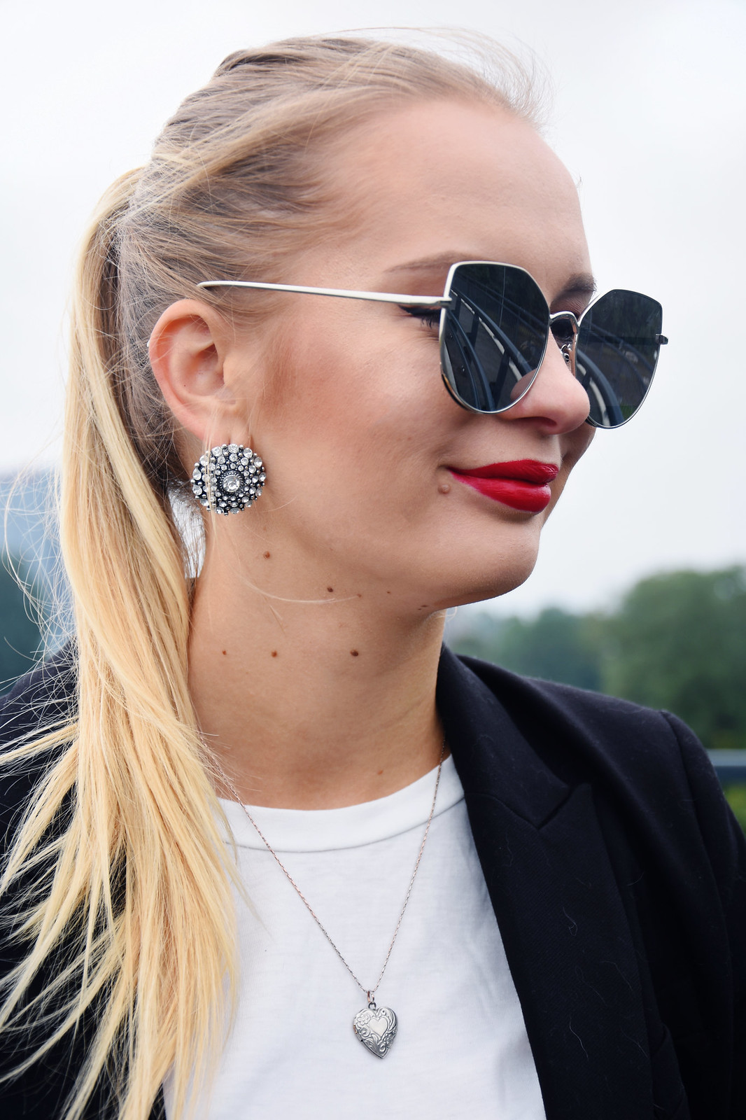 Cat eye style sunglasses outfit inspiration