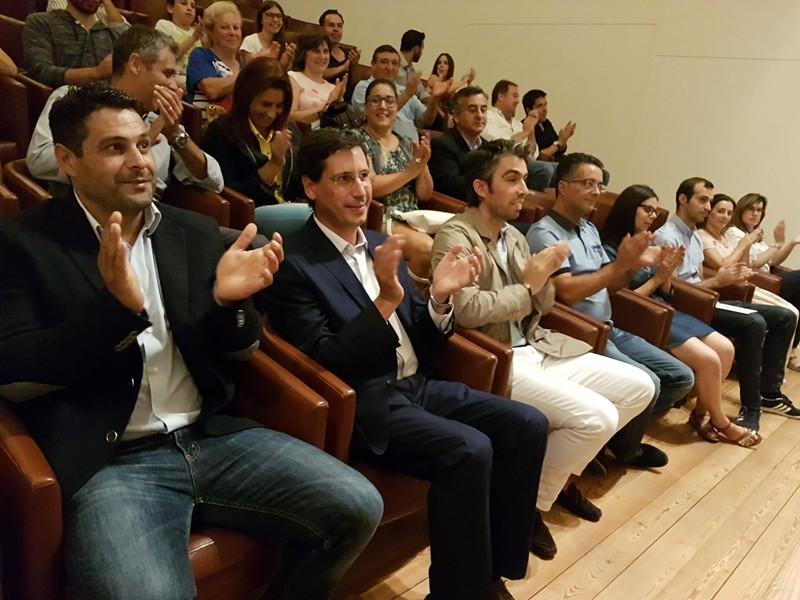 Nuno Sá ao lado de António Gonçalves no Centro de Estudos Camilianos
