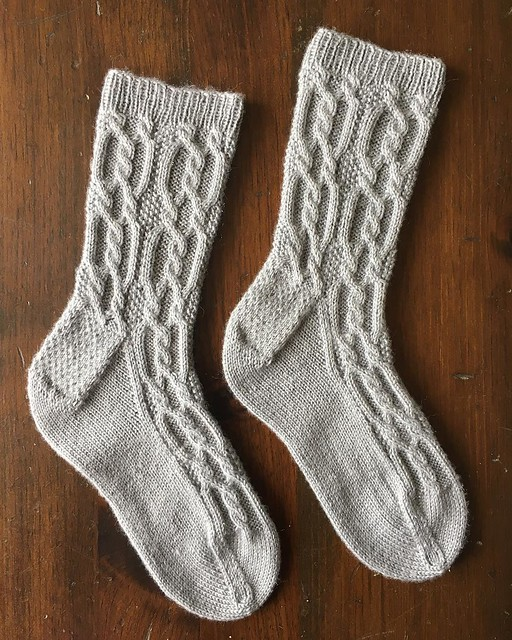 Socks are dooooooone. #knitting #sockknitting