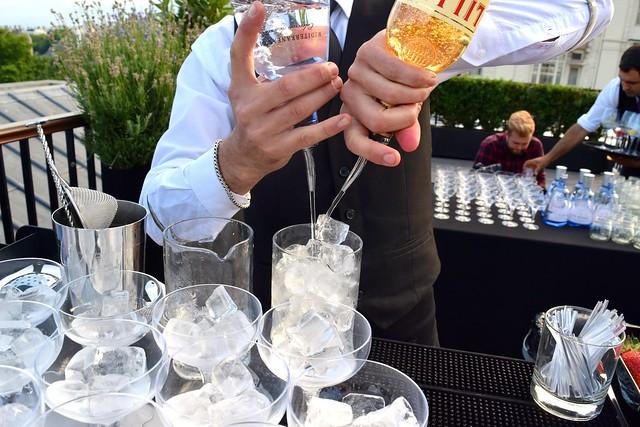 Making Gin Mare Cocktails | www.rachelphipps.com @rachelphipps