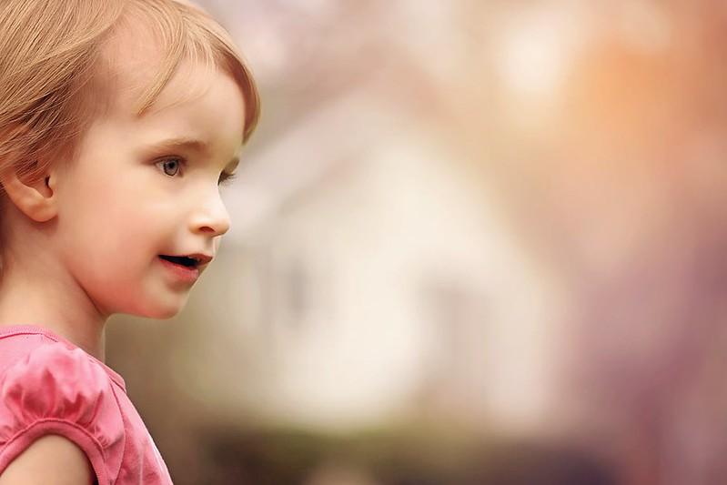 girl-outside-beautiful-young-160986