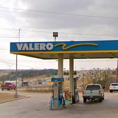 Valero Corner Store gas station 1.7 miles to the south of Garland dentist La Prada Family Dentistry