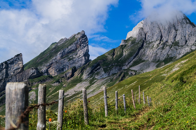 swiss mountain, Sony SLT-A58, Sony DT 18-55mm F3.5-5.6 SAM II (SAL18552)