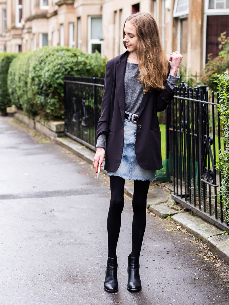 denim-skirt-autumn-outfit