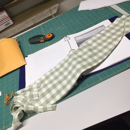Bootstrap Dress Form Tutorial: Inner Support, Stuffing, & Mounting