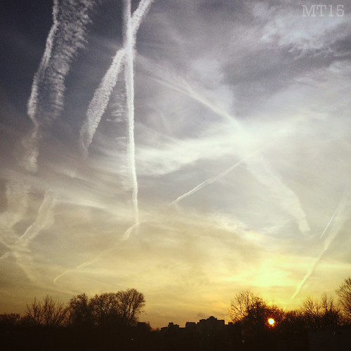 2015 matthewtrevithick ontario canada iphone 5s planes contrails sky contrail clouds evening sunset london