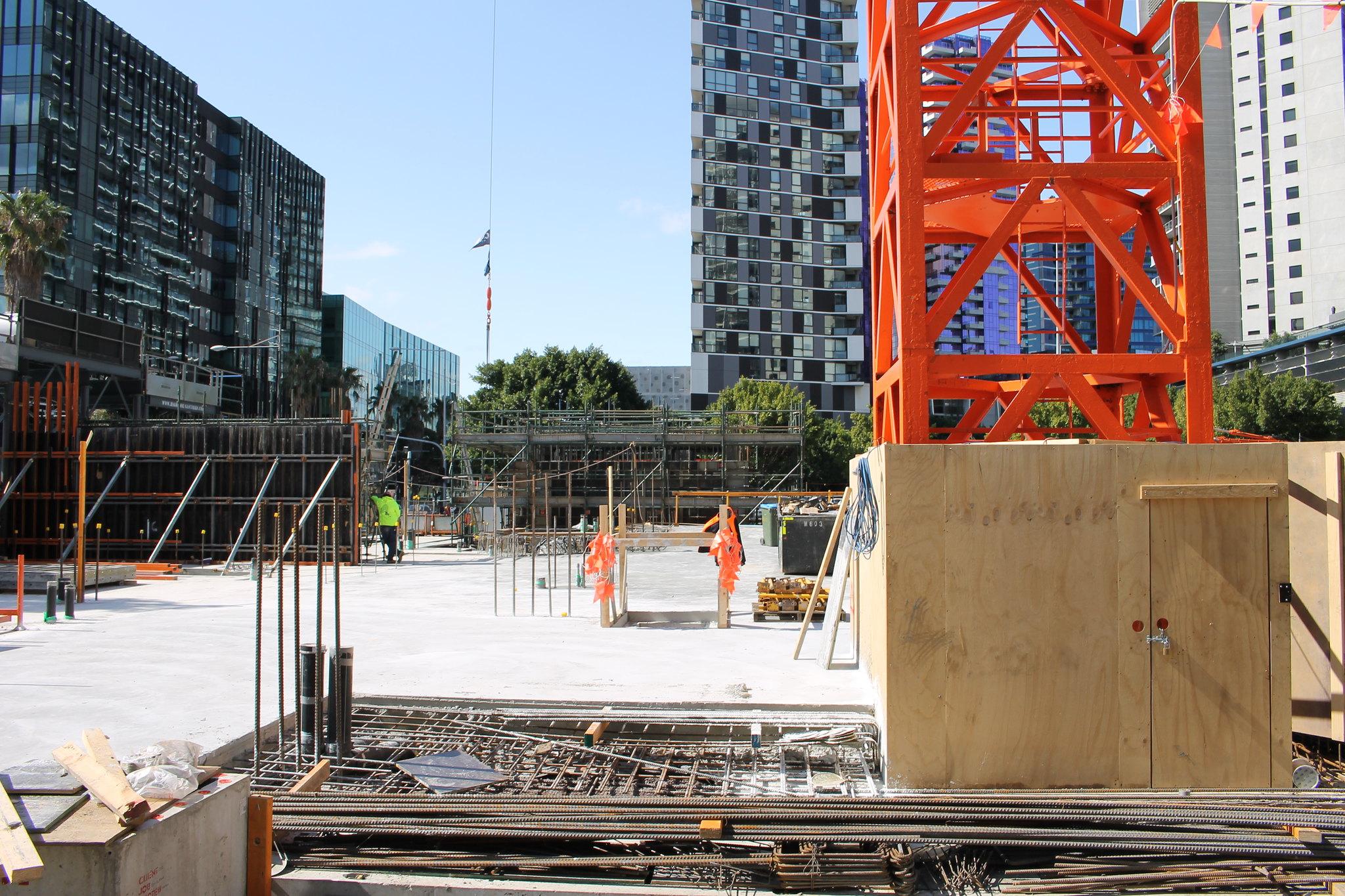 DOCKLANDS | Elm & Stone / Quest Docklands | 387-395 Docklands Drive | 57m | 17L | Residential