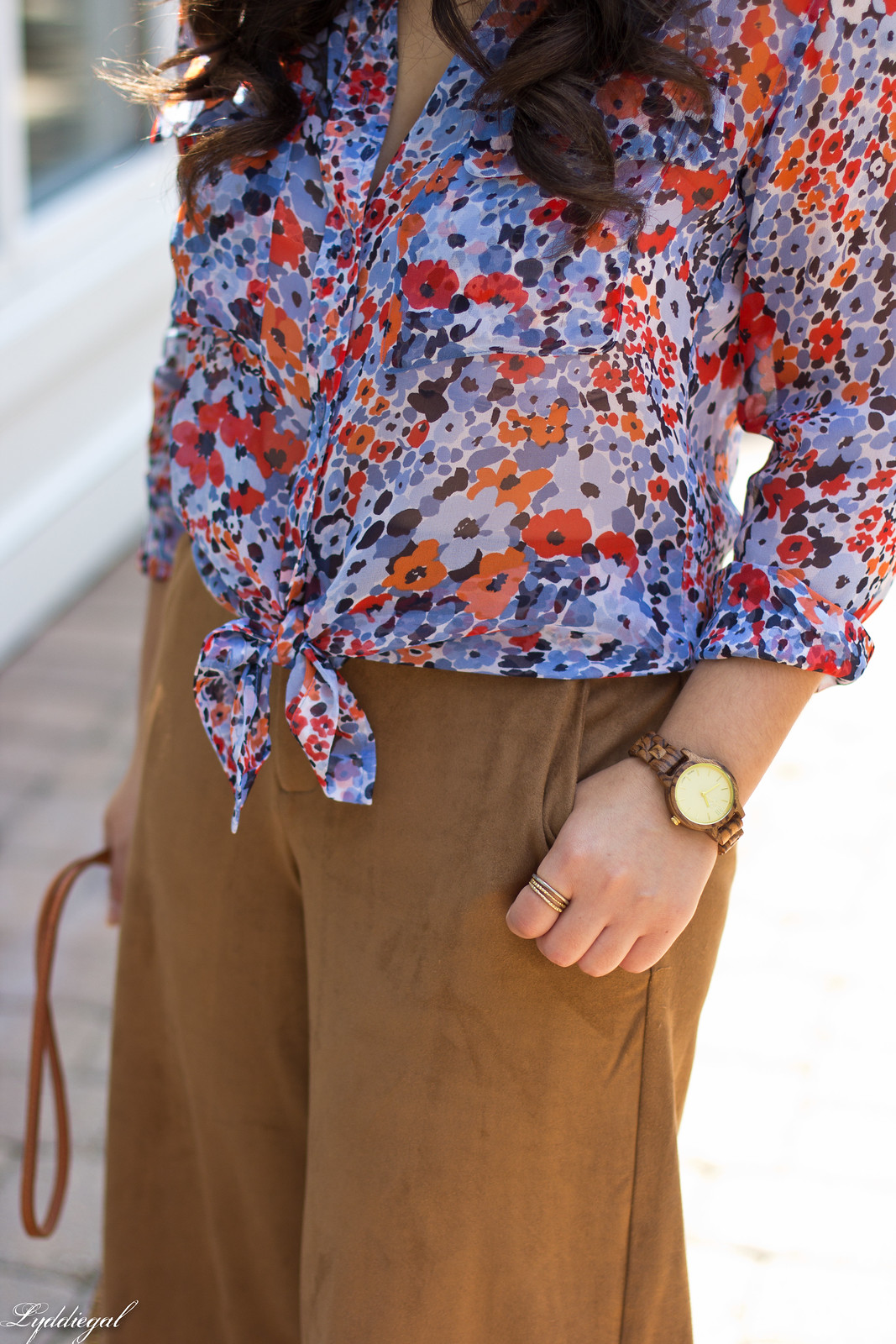 floral equipment blouse, suede culottes, round rattan bag-4