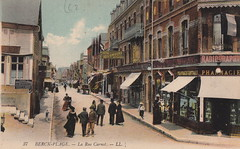 37. Berck-Plage. - La Rue Carnot. LL (c.1905)