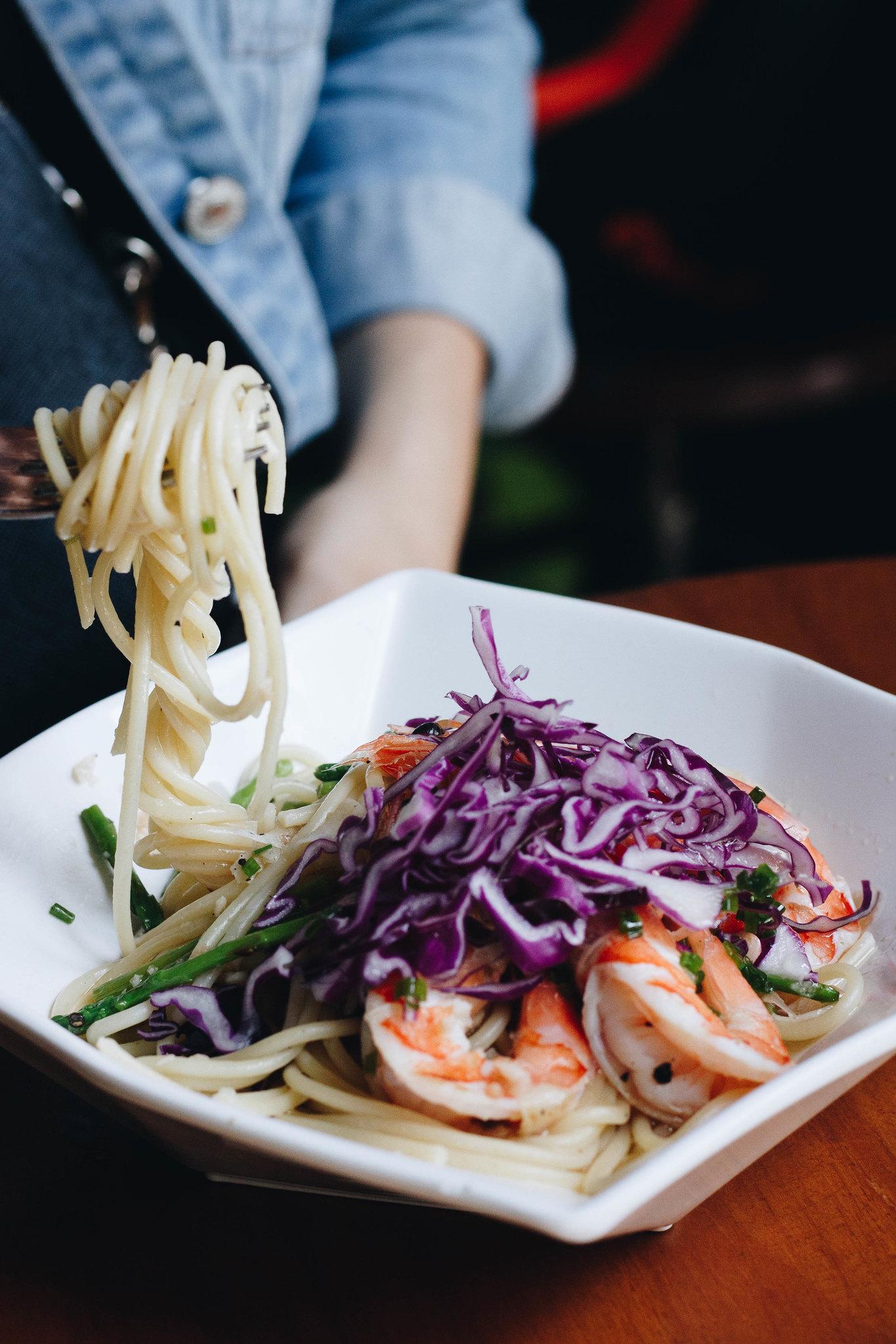 knots coriander prawn pasta 1