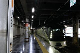 トランスイート四季島 上野駅入線