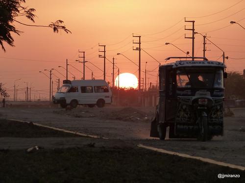 anochecer sunset asentamientos piura peru asentamientocastilla sol sun paisaje landscape foto fotografia photo photography canon canonist canonista 365 365project jjmiranzo