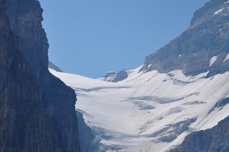 Plain of Six Glaciers Hike