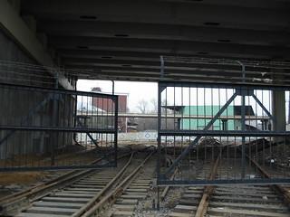 ZIL platform access tracks in 2003