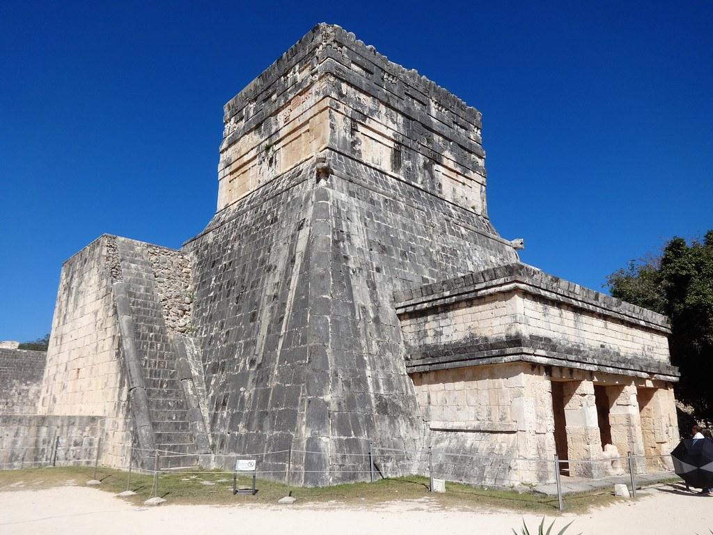 Świątynia Jaguara w Chichen Itza