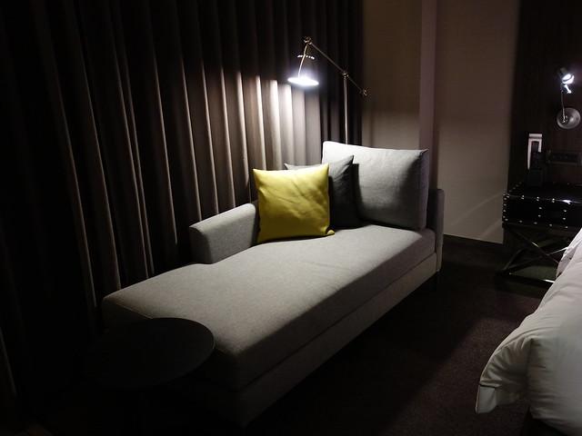 角落有舒服的沙發@高雄喜達絲飯店