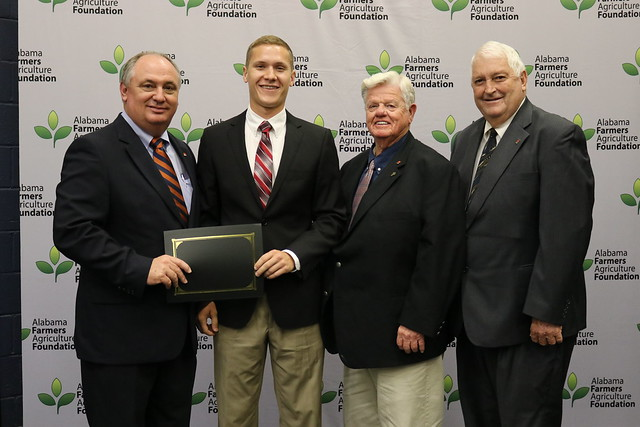 SHELBY COUNTY STUDENT RECEIVES $1,750 AGRICULTURE FOUNDATION SCHOLARSHIP