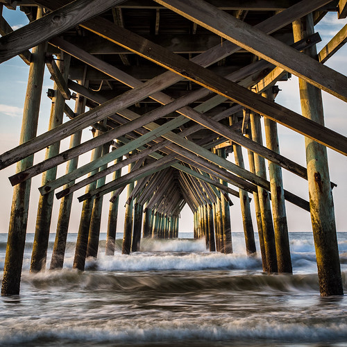 olympus ep5 2017 45mmf18 sunsetbeach pier atlantic ocean waves september morning north carolina water nc