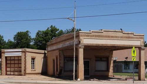 oklahoma frederick gasstation abandoned