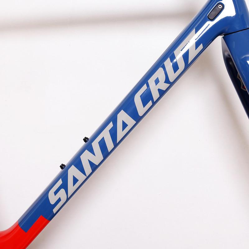 Santa Cruz × Mash Stigmata Frame Set.