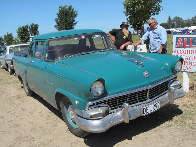 1956 Ford Mainline, Canon POWERSHOT SX150 IS