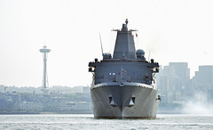USS Anchorage (LPD 23) departs the Port of Seattle, Aug. 7. (U.S. Navy/MC1 Ty C. Connors)
