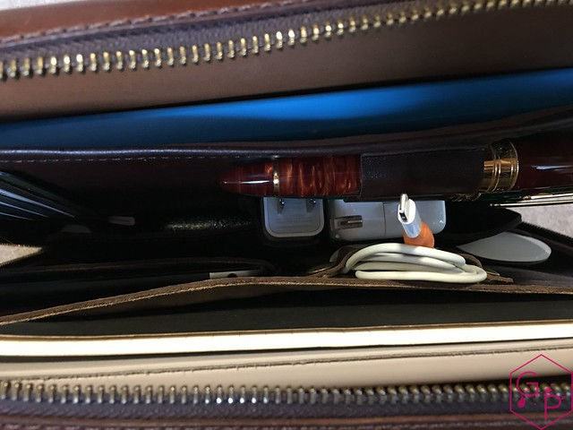 Review @SatchelandPage Port Series - Daily Carry Mobile Office 38