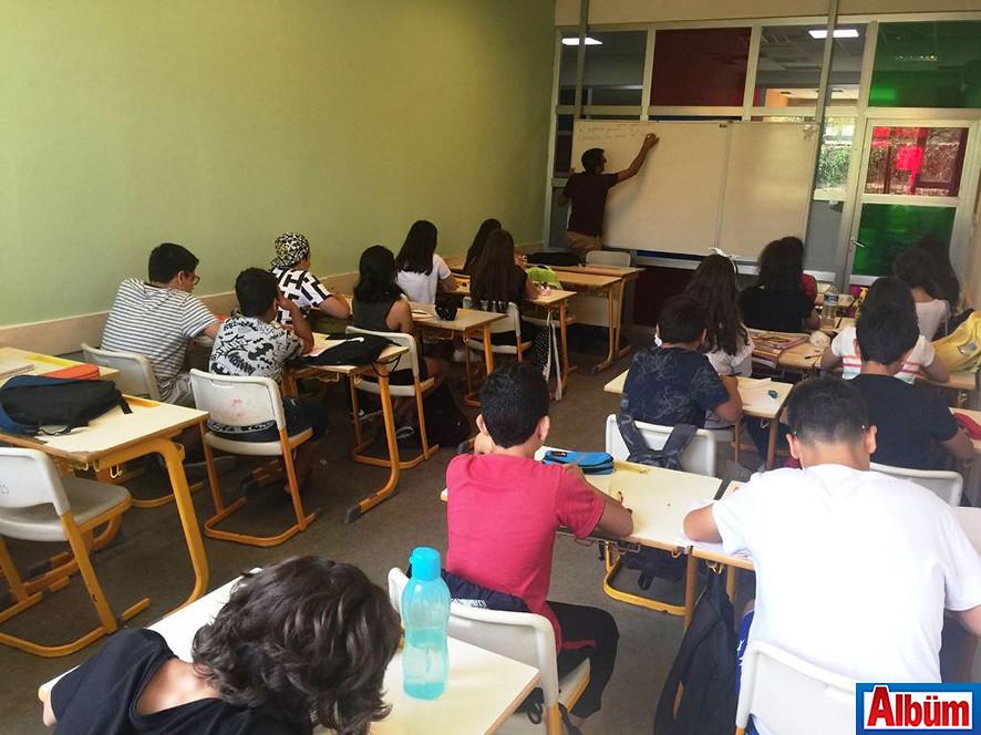 Bahçeşehir'de ders başladı