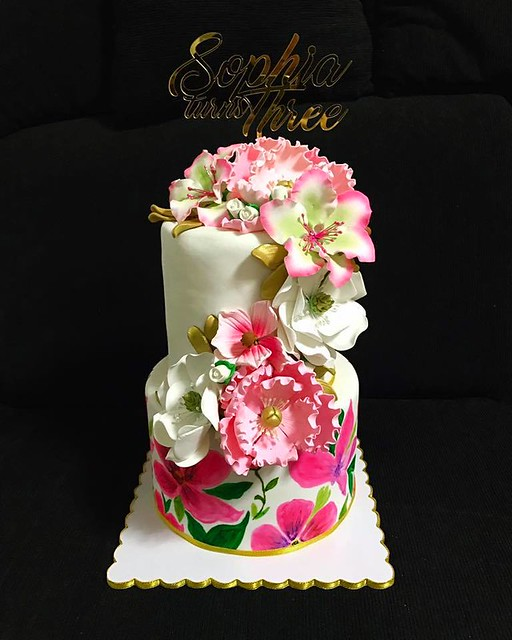 Cake by Framie Hollera-Jose of Hermanas Bakehub