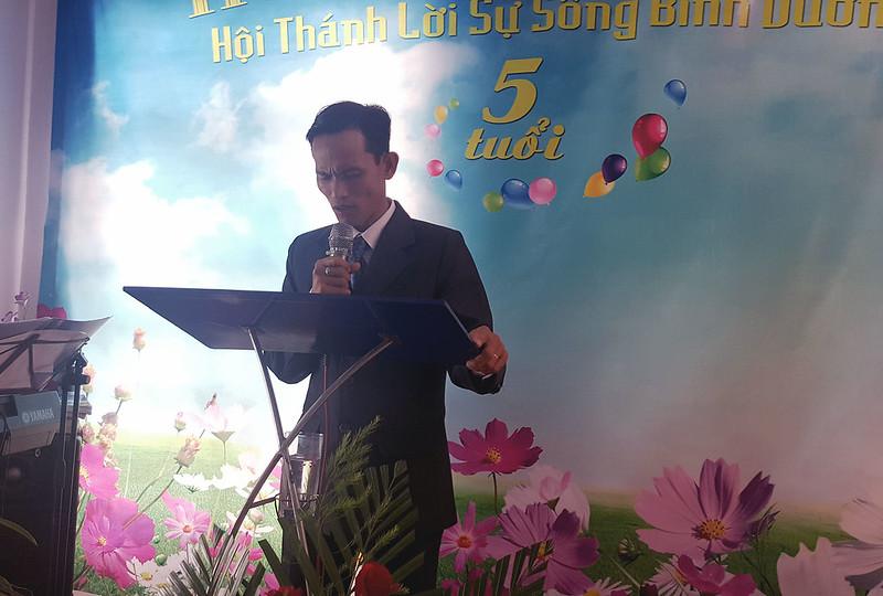 mục sư Đào Văn Nhiều chia sẻ sứ điệp Hội thánh của Đức Chúa Trời