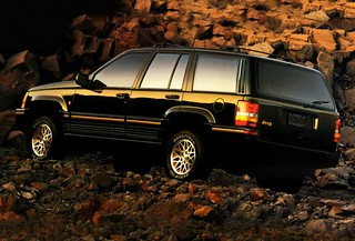 Jeep_GrandCherokee_1993_R2