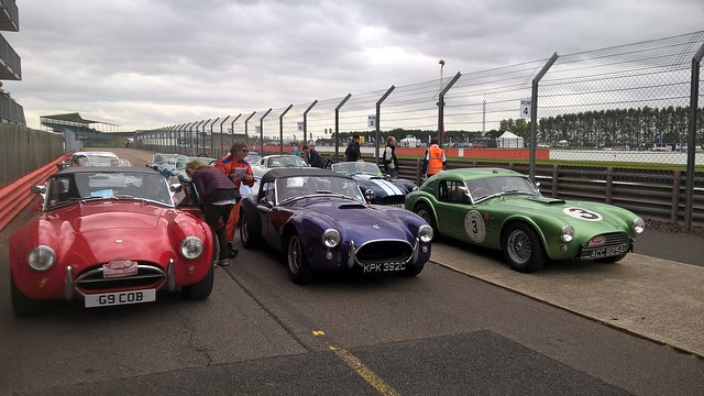 T289R line up for 20th anniversary track laps