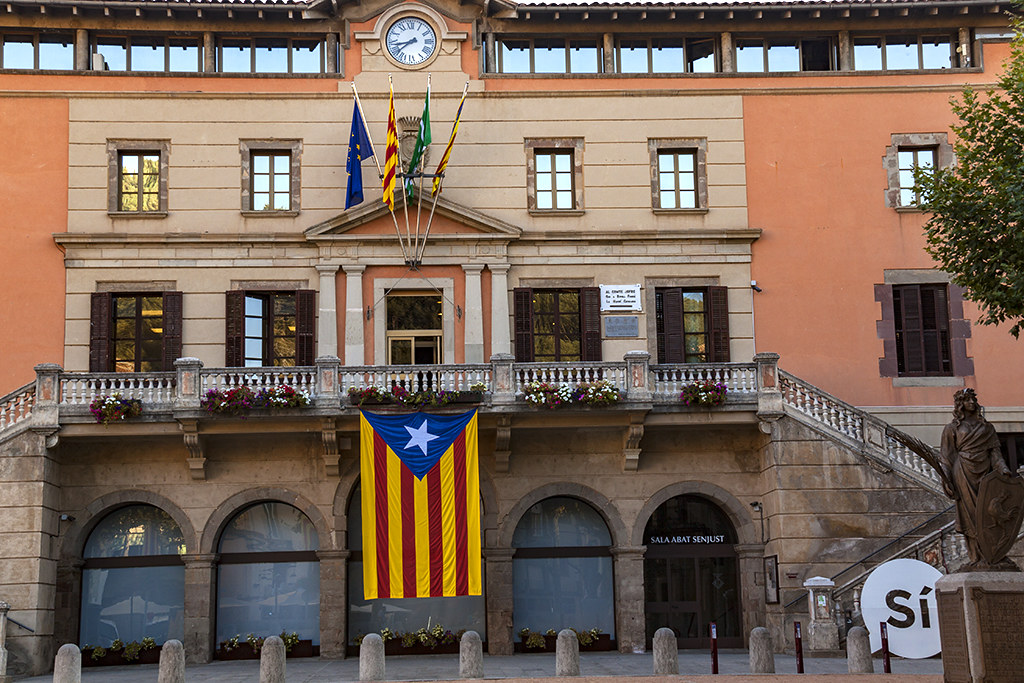 Huge Catalan flag--Ripoll
