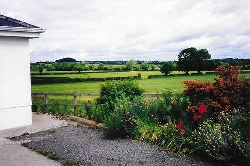 1998-06-09 - Fields by farmhouse