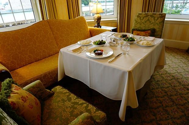 170915 東京ディズニーランドホテルタレットルームルームサービス1