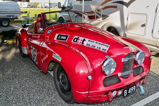 L18.51.40 - Le Mans & Prototyper - 36 - Jowett Jupiter, 1950 - Cira Aalund - paddock - DSC_0672_Balancer