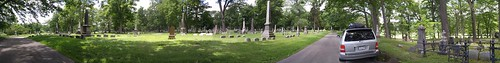 usa america ny newyork upstatenewyork elmira panorama marktwain afternoon cemetery tree cameraphone 2017 thisdecade canadagood colour color green