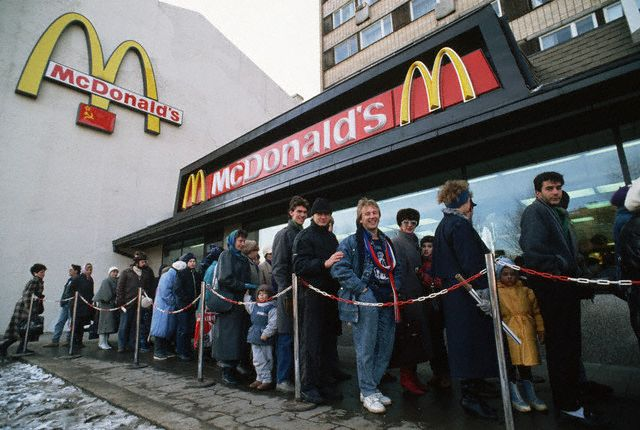 McDonald's opens in Moscow, January 31, 1990