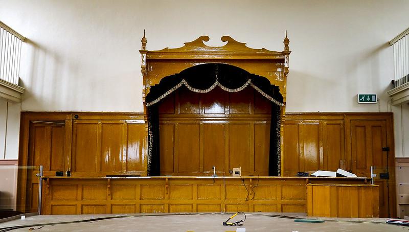 Boyle Courthouse - Judges Bench