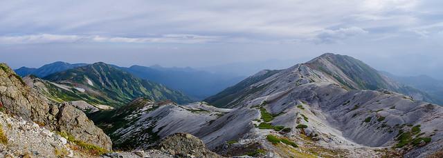 朝日岳・雪倉岳と小蓮華山