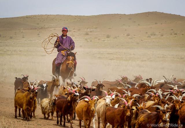 Mongolia Khovd to Ulaangom_-11