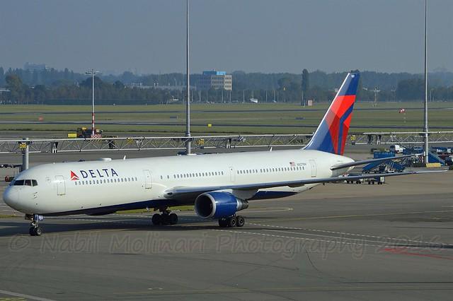 Delta Air Lines N827MH Boeing 767-432ER cn/29705-773