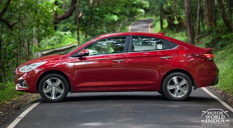 2017-Hyundai-Verna-Exteriors (9)