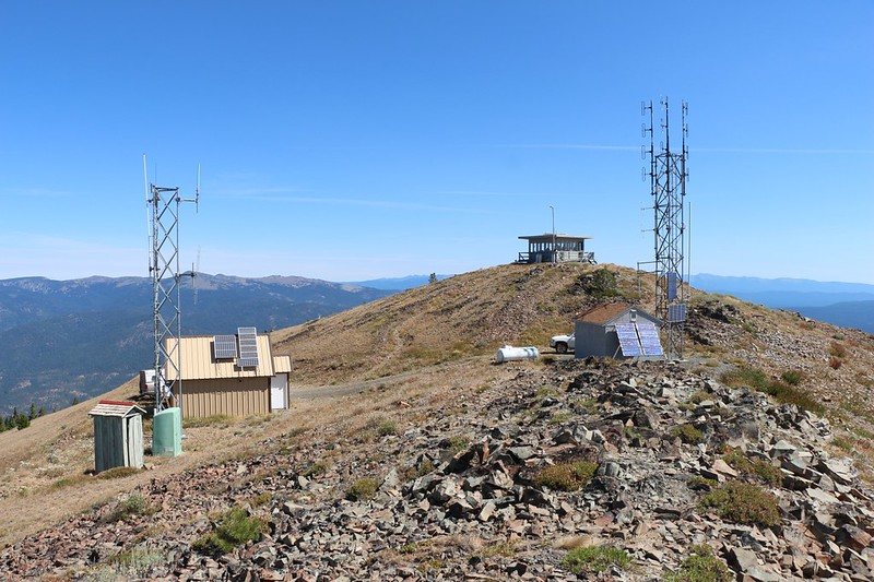 View northeast toward the radio antennas and lookout tower on Dixie Butte