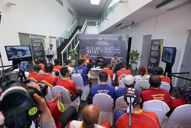 Sewaktu Sidang Media Majlis Pelancaran Program Jelajah Wakaf & Dengan Basikal Aku Menjelajah Musim 4